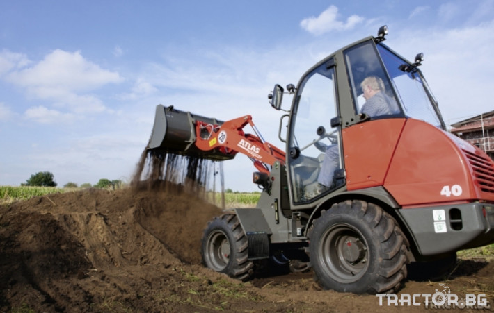 Машини за ферми Товарач ATLAS AR40 0 - Трактор БГ