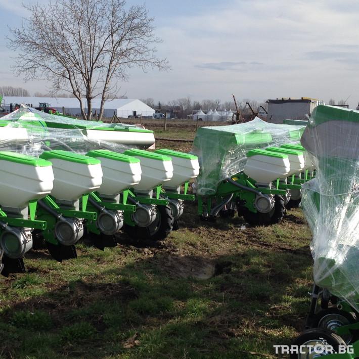 Сеялки Пневматична сеялка за пролетници с торовнасяне FARMIX 6 - Трактор БГ